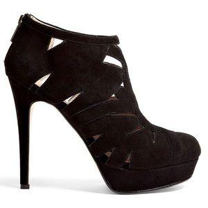 DKNY Trisha Platform Cutout Ankle Bootie 8.5